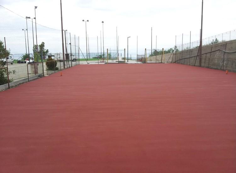 Rehabilitación de pavimentos deportivos de resina sintética